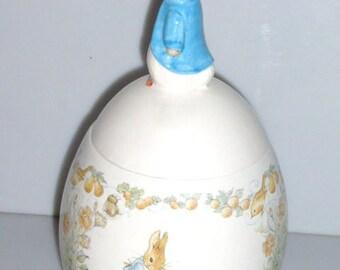729171B8 - 1996 Beatrix Potter COOKIE JAR w/ Lid Egg Shaped Jar Peter Rabbit Canister Storage Jar Biscuit Jar Candy Jar Dog Cookies