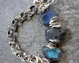 bracelet, labradorite bracelet, chunk chain bracelet, disc bracelet, boho chic bracelet,bohemian bracelet, gray bracelet, gifts for her