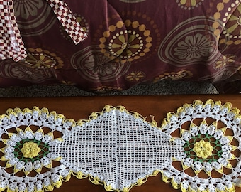 Large Vintage White and Yellow Crocheted Table Runner