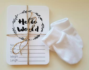 Black and White Floral Baby Milestone Cards