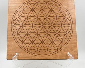 """Flower of Life 8.5"""" Crystal Grid Square Board - Sacred Geometry Cherry Crystal Healing Grid - Overlapping Circles Engraved Geometrical Grid"""