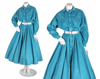 1970s Turquoise Blue Faux Suede Textured Embroidered Full Skirt Batwing Sleeved Pearl Snap Western Dress by Trego's Westwear -L