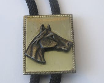 Vintage Horse Mare Stallion Head Beaded Gold Tone Metal Equestrian  Rider  Bolo Tie  IC Lot P
