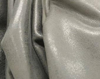 "Mercury Grey ""Rock-n-Roll"" 24.2 sf 2 1/2-3 oz Leather Cow Side flat grain DE-63319 (Sec. 9,Shelf 7,A)"