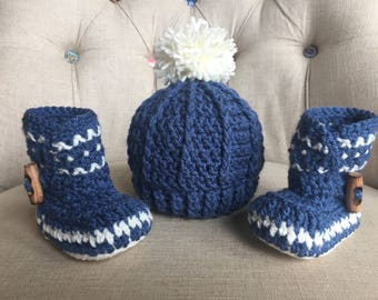 Crocheted boots and hat set, baby gift, baby photo prop, baby boy, baby accessory, baby boots, Pom Pom beanie, beanie