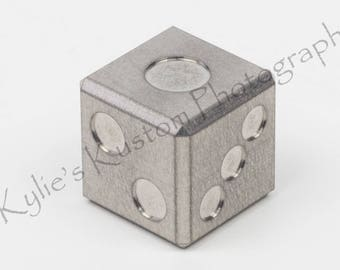 "TITANIUM precision machined ""balanced"" D6 game dice - metal 6 sided casino die (single)"
