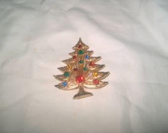 Vintage Costume Jewelry Christmas Tree Pin