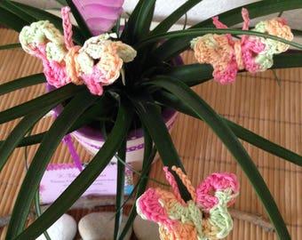 1 set of 3 applique Butterfly 3D crocheted, pink, green, orange