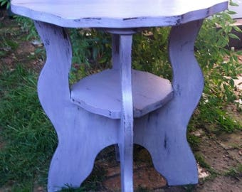 Round Refurbished Pub Table In Shabby Chic Style   Very Heavy   Collection  Only.