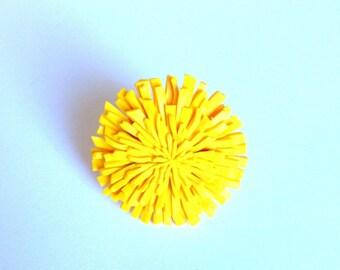 ring as true yellow dandelion flower Designer