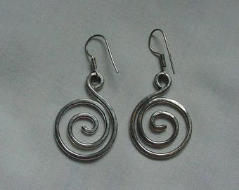 Vintage MODERNIST Silver Concentric Circle Earrings