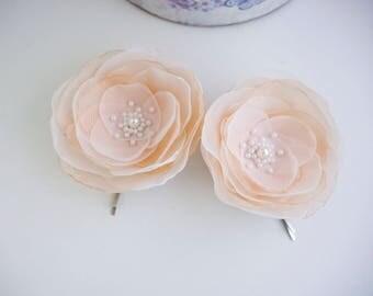 2 pcs Pale peach flowers hair pins Peach Ivory Flowers Hair Bobby pins Bridal Hair Pins Bridesmaid Hairpins Wedding hair pinsHair accessory
