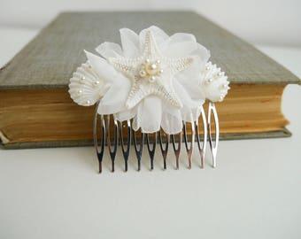 Starfish hair comb Beach wedding Beach hair accessory Seashell Hair accessories Mermaid hair comb Seashell bridal hair comb Headpiece