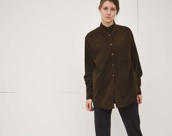 vintage brown corduroy long sleeve boyfriends button up shirt small medium size