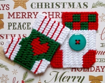 Plastic Canvas: Christmas Cheer Stocking Magnets (set of 2)