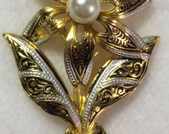 Vintage Toledo Spain Damascene Faux Pearl Floral Flower Brooch Pin