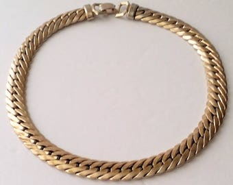 Vintage Coro Pegasus Gold Tone Flat Collar Necklace