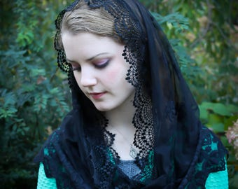 Evintage Veils~ Elegant Soft Our Lady of Consolation  Lace Chapel Veil Mantilla Infinity Latin Mass BLACK