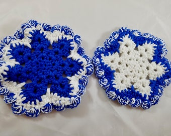Set of Two Holiday Pot Holders Let it Snow