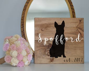 Last Name Wood Sign with Australian Cattle Dog Silhouette, Wood Plank Last Name Sign, Wedding Last Name Sign, Dog Wedding Sign, Last Name