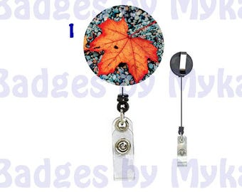 Retractable ID Badge Holder - Fall Leave