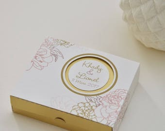 "10 boxes dragees ""Camellia"" elegant with soft tones"