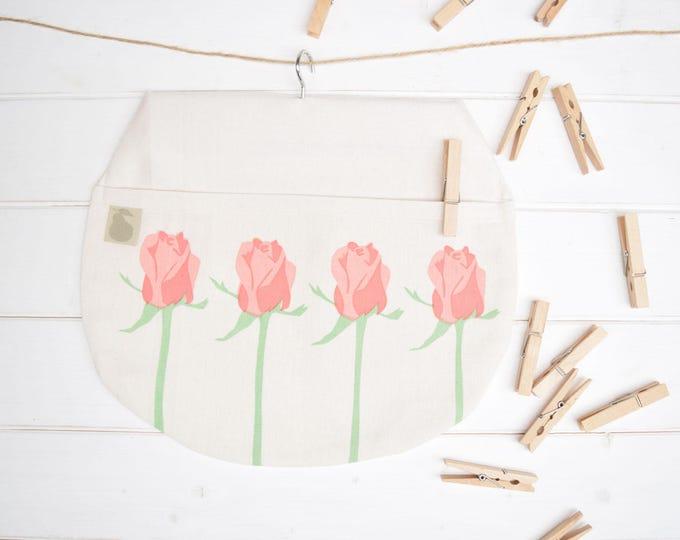 Pink roses peg bag in organic cotton. Clothes pin bag.