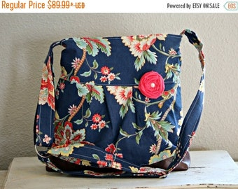 CHRISTMAS SALE Concealed Carry Purse, Medium Messenger Bag, Navy Floral, Conceal Carry Handbag, Concealed Carry Purse, Conceal and Carry