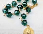 Chaplet - Maria Magdalena Emerald Green Crystal - 18K Gold Vermeil - 18mm