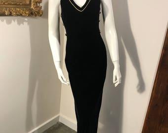Susan Roselli for Vijack 1980s LBD Maxi Velvet Racerback Event Dress - Size 6 - Modern Size XS / S