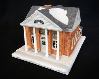 Vintage Rockwell's Christmas in Stockbridge, The Bank - Hawthorne Porchlight - 1995 - miniatures, village, holiday, winter, lighted house