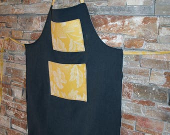 kitchen apron - linen and cotton black - yellow pockets