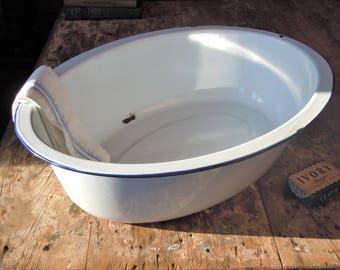 Enamelware Tub / Heavy White Enamel with blue edge /  Great Washtub / Picnic Cooler / Versatile Antique