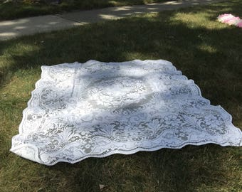 """Vintage Lace Crochet Tablecloth - Approx 40 x 42"""""""