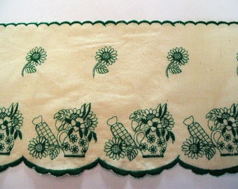 Lace Ribbon height 17cm for shelves, fireplace, background beige green design