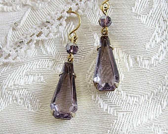 Vintage Amethyst Glass Earrings, Amethyst Glass, Vintage Glass Earring, Lavendar Earrings, February Birthstone
