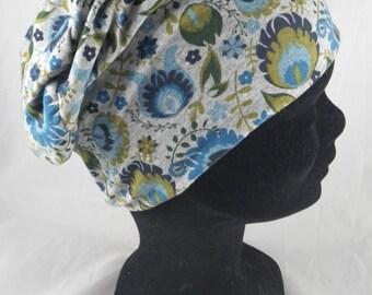 Bas101 - Bonnet chimio fleuri bleu, gris et vert