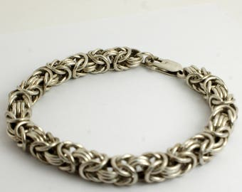Intricate Byzantine Silver Chain Bracelet with Heavy Shining Silver Byzantine Links