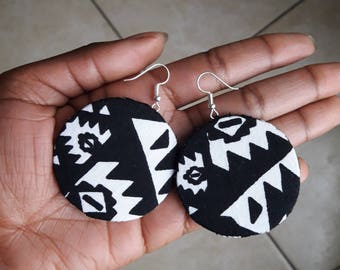 Black 'n white wax earrings