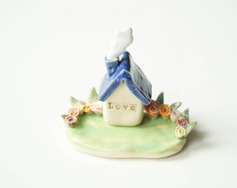 Miniature House ,Ceramic Sculpture, Housewarming Cake Topper, Ceramic House, Ceramic Cake Topper by Her Moments
