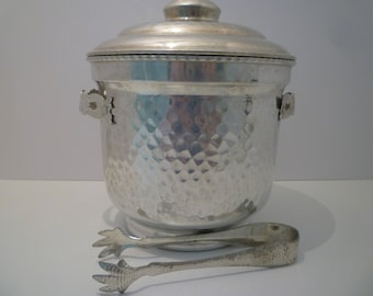 ICE BUCKET and TONGS. Retro Style Hammered Aluminum Ice Bucket , Matching Tongs. Retro  Barware.  1950's / 60's Ice Bucket. Floral Handles.