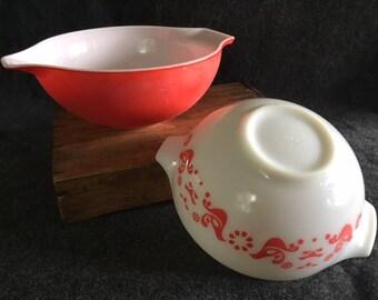 Vintage red Pyrex bowls