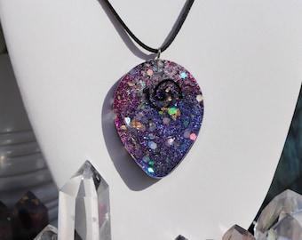 Orgonite® - Orgonite® Necklace - Alien - Pendant - Handmade - Orgone Generator® - Crystals - Gift - EMF Protection - HoodXHippie