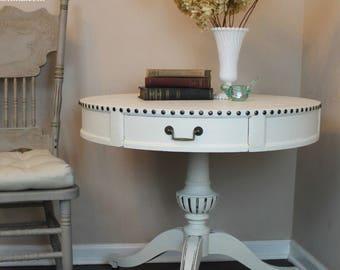 Pancium Vintage Weiman Pedestal Table