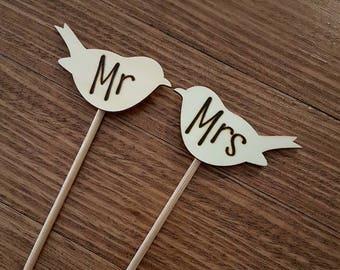 Wooden love bird cake topper - wedding cake - personalised - Mr & Mrs