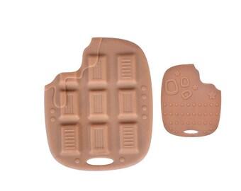 Bitten chocolate 88x70mm teething ring