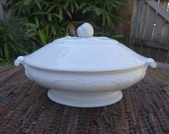 Staffordshire Cottage Chic White Ironstone Vegetable Server, ST LOUIS SHAPE, c. 1853,  Vintage Dining, Tureen. Farmhouse Decor