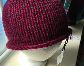 Petite Peruvian Wool wine color hat