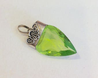 Vintage pendant green glass Sterling silver tribal ethnic