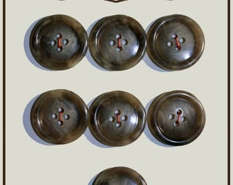 Set of 7 round Brown buttons plastic 21 mm